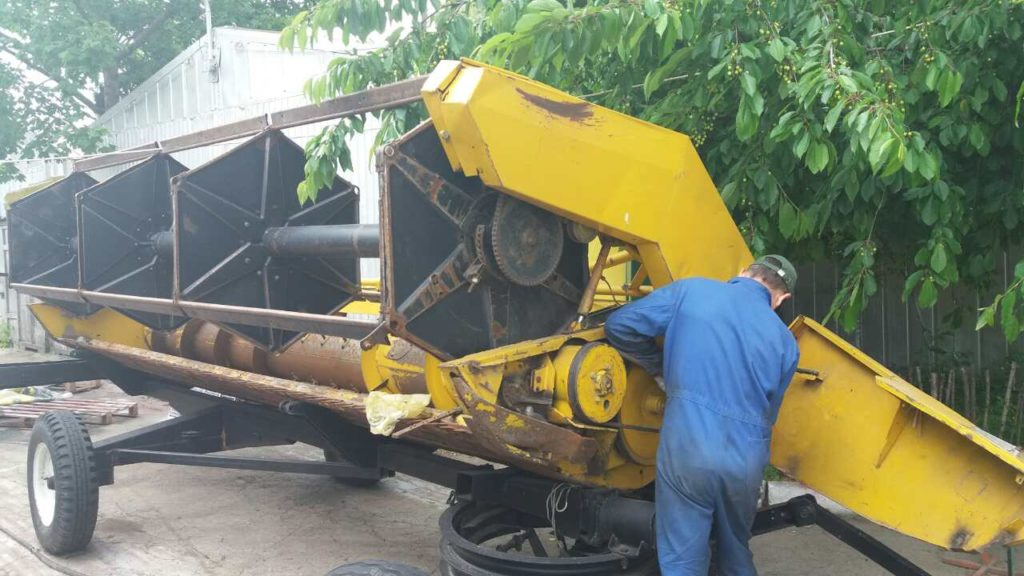 reparatie utilajelor agricole in Moldova-foto